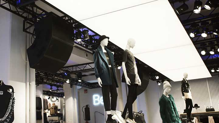 Philips Lighting's OneSpace is a luminous ceiling that provides amazing new retail lighting for stores